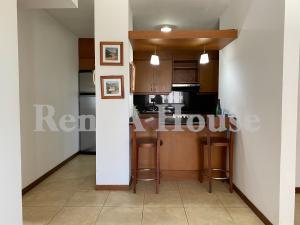 Apartamento En Alquileren Maracaibo, La Lago, Venezuela, VE RAH: 20-23895