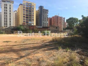 Terreno En Ventaen Maracaibo, Plaza Republica, Venezuela, VE RAH: 20-23909