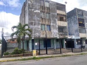 Apartamento En Ventaen Cabudare, La Mata, Venezuela, VE RAH: 20-23993