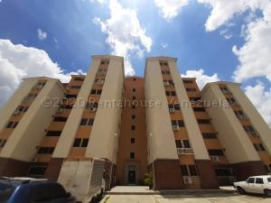 Apartamento En Ventaen Municipio San Diego, Monteserino, Venezuela, VE RAH: 20-24016