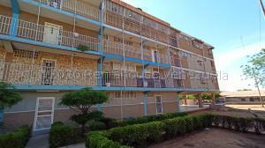 Apartamento En Ventaen Municipio San Francisco, San Francisco, Venezuela, VE RAH: 20-24009