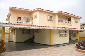 Casa En Ventaen Coro, Centro, Venezuela, VE RAH: 20-24039