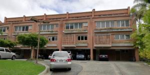 Townhouse En Ventaen Caracas, El Hatillo, Venezuela, VE RAH: 20-24042