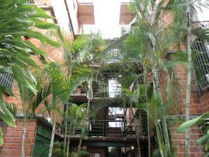 Apartamento En Alquileren Guarenas, Nueva Casarapa, Venezuela, VE RAH: 20-24060