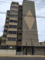 Apartamento En Ventaen Maracaibo, Santa Rita, Venezuela, VE RAH: 20-24088