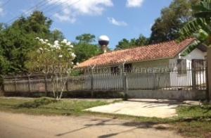Casa En Ventaen Rio Chico, Flor De Mayo, Venezuela, VE RAH: 20-24134