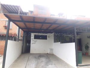 Casa En Ventaen Guarenas, Altos De Copacabana, Venezuela, VE RAH: 20-24107