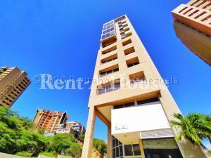 Apartamento En Alquileren Maracaibo, Avenida El Milagro, Venezuela, VE RAH: 20-24111