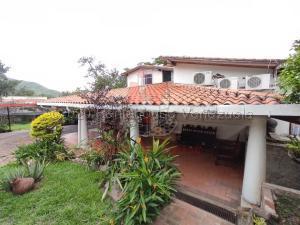 Casa En Ventaen Maracay, El Castaño (Zona Privada), Venezuela, VE RAH: 20-7180