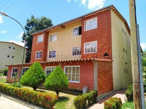 Apartamento En Ventaen Guatire, Valle Grande, Venezuela, VE RAH: 20-24157