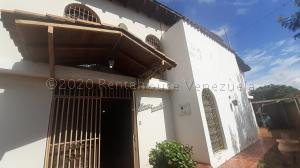 Casa En Ventaen Barquisimeto, Parroquia Concepcion, Venezuela, VE RAH: 20-24173