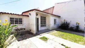 Casa En Ventaen Maracay, Los Sauces, Venezuela, VE RAH: 20-24344