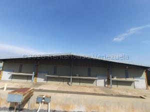 Galpon - Deposito En Alquileren Maracaibo, Zona Industrial Sur, Venezuela, VE RAH: 20-24201
