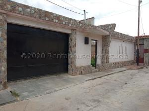 Casa En Ventaen Cagua, Corinsa, Venezuela, VE RAH: 20-24238