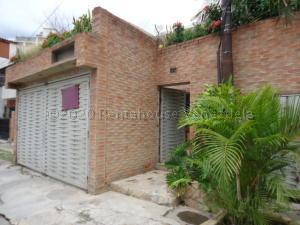 Casa En Ventaen Caracas, Los Rosales, Venezuela, VE RAH: 20-24626