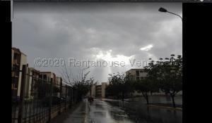 Apartamento En Alquileren Maracaibo, Pomona, Venezuela, VE RAH: 20-23188