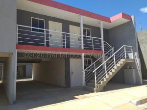 Apartamento En Ventaen Coro, Centro, Venezuela, VE RAH: 20-24265