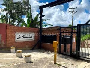 Terreno En Ventaen Caracas, La Escondida, Venezuela, VE RAH: 20-24283