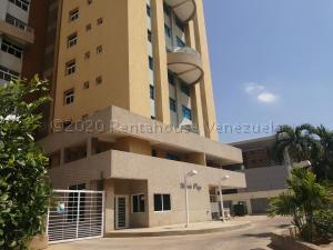 Apartamento En Alquileren Maracaibo, Avenida Bella Vista, Venezuela, VE RAH: 20-24298