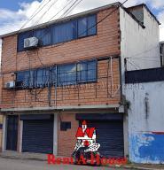 Local Comercial En Ventaen San Cristobal, Avenida Carabobo, Venezuela, VE RAH: 20-24315
