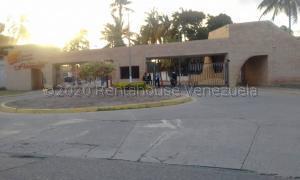 Apartamento En Ventaen Chichiriviche, Flamingo, Venezuela, VE RAH: 20-24318