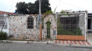 Casa En Ventaen Municipio San Diego, Monteserino, Venezuela, VE RAH: 20-24345