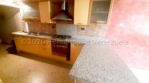 Townhouse En Ventaen Maracaibo, Santa Fe, Venezuela, VE RAH: 20-24354