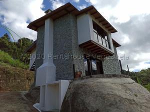 Casa En Ventaen San Antonio De Los Altos, El Amarillo, Venezuela, VE RAH: 20-24355