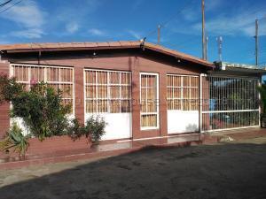 Casa En Ventaen El Tigrito, Vista Al Sol, Venezuela, VE RAH: 20-24396