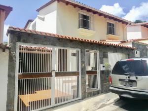 Casa En Ventaen Caracas, Colinas De La California, Venezuela, VE RAH: 21-680