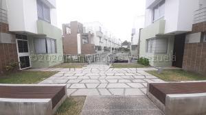 Casa En Ventaen Barquisimeto, Colinas Del Viento, Venezuela, VE RAH: 20-24429