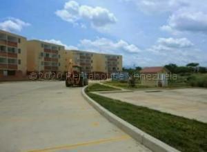 Apartamento En Ventaen Santa Teresa, La Raiza, Venezuela, VE RAH: 20-24446