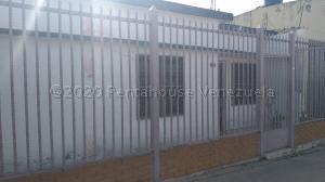 Casa En Ventaen Barquisimeto, Parroquia Union, Venezuela, VE RAH: 20-24445