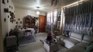 Apartamento En Ventaen Caracas, Parroquia Altagracia, Venezuela, VE RAH: 20-24467