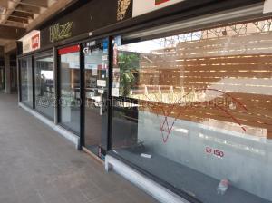 Local Comercial En Alquileren Maracaibo, Tierra Negra, Venezuela, VE RAH: 20-24480