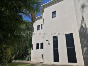 Casa En Ventaen Caracas, Colinas Del Tamanaco, Venezuela, VE RAH: 20-24526