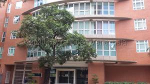 Apartamento En Alquileren Caracas, El Rosal, Venezuela, VE RAH: 20-24582