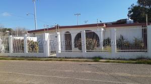 Casa En Ventaen Maracaibo, Cantaclaro, Venezuela, VE RAH: 20-24532