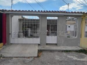 Casa En Ventaen Cabudare, La Mora, Venezuela, VE RAH: 21-3399