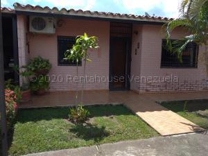Casa En Ventaen Municipio San Diego, Sabana Del Medio, Venezuela, VE RAH: 20-24567