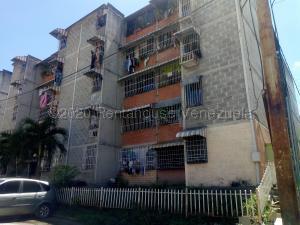 Apartamento En Ventaen Guatire, Parque Alto, Venezuela, VE RAH: 20-24588