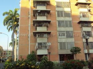 Apartamento En Ventaen Maracay, San Jacinto, Venezuela, VE RAH: 20-24587