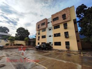 Apartamento En Ventaen Maracay, El Limon, Venezuela, VE RAH: 20-24605