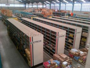 Galpon - Deposito En Ventaen Guarenas, Zona Industrial Maturin, Venezuela, VE RAH: 20-24637
