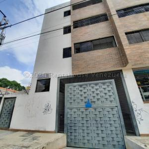 Apartamento En Ventaen Municipio Naguanagua, Casco Central, Venezuela, VE RAH: 20-24915
