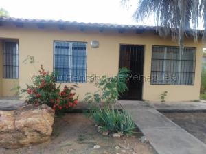Casa En Ventaen Margarita, El Espinal, Venezuela, VE RAH: 21-746