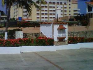 Townhouse En Ventaen Tucacas, Tucacas, Venezuela, VE RAH: 20-24689