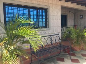 Casa En Ventaen Punto Fijo, Puerta Maraven, Venezuela, VE RAH: 20-24711