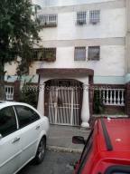 Apartamento En Ventaen Caracas, Caricuao, Venezuela, VE RAH: 20-24884