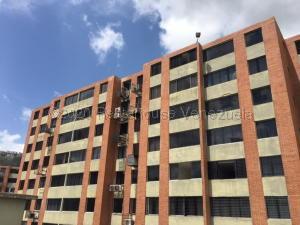 Apartamento En Ventaen Caracas, Los Naranjos Humboldt, Venezuela, VE RAH: 20-24761